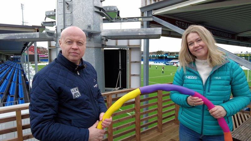 Anita Håholm(NEAS) og Kjetil Thorsen(KBK) på Kristiansund stadion i forkant av infomøte om Action Now 2. mars